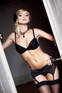 Vera Bossiak lingerie elegante sexy